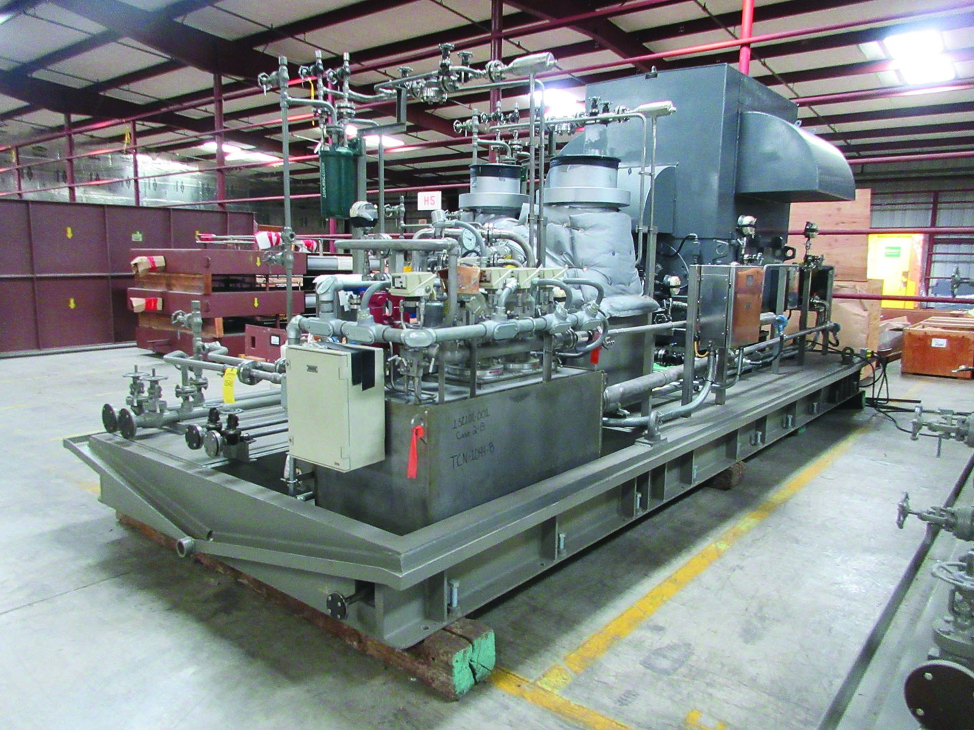 BOILER FEEDWATER BOOSTER PUMP SLED, GE 3,000 HP INDUCTION MOTOR 3585 RPM, 6600 VOLTS, 8313S FRAME, - Image 2 of 11