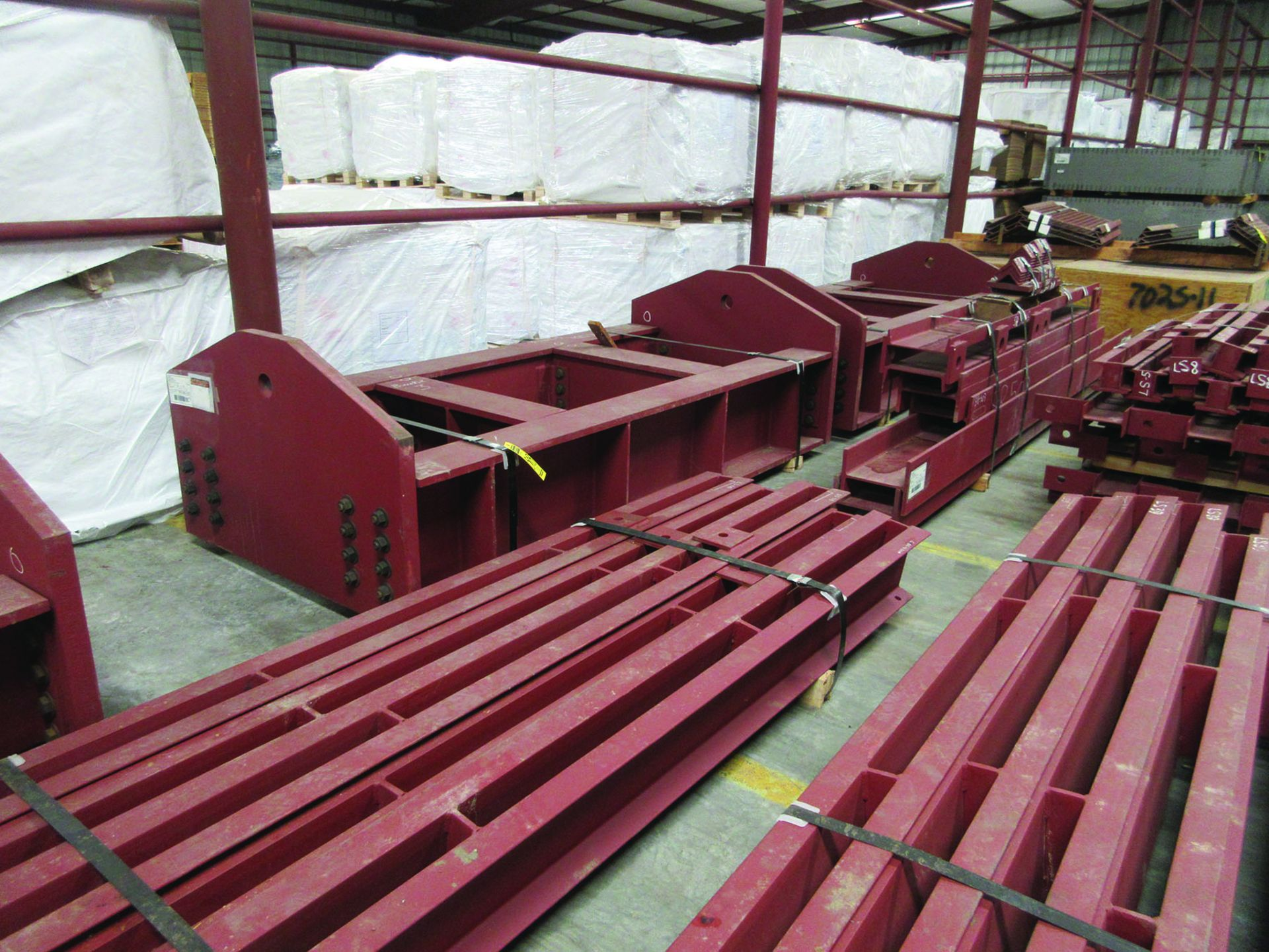 LARGE LOT OF STRUCTURAL STEEL: BRACING, RODS, BRACKETS, GRID C7 - Image 6 of 19