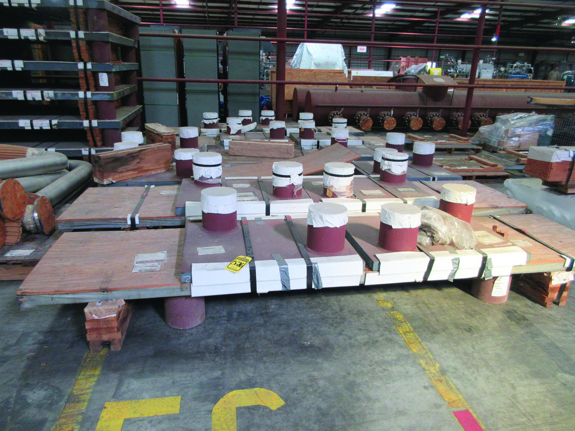 (6) SOLE PLATES, 6,685 LBS. EACH, OTHER ASSORTED SOLE PLATES, 4'' ASSORTED BUNDLE OF PIPE, ANGLE - Image 4 of 14