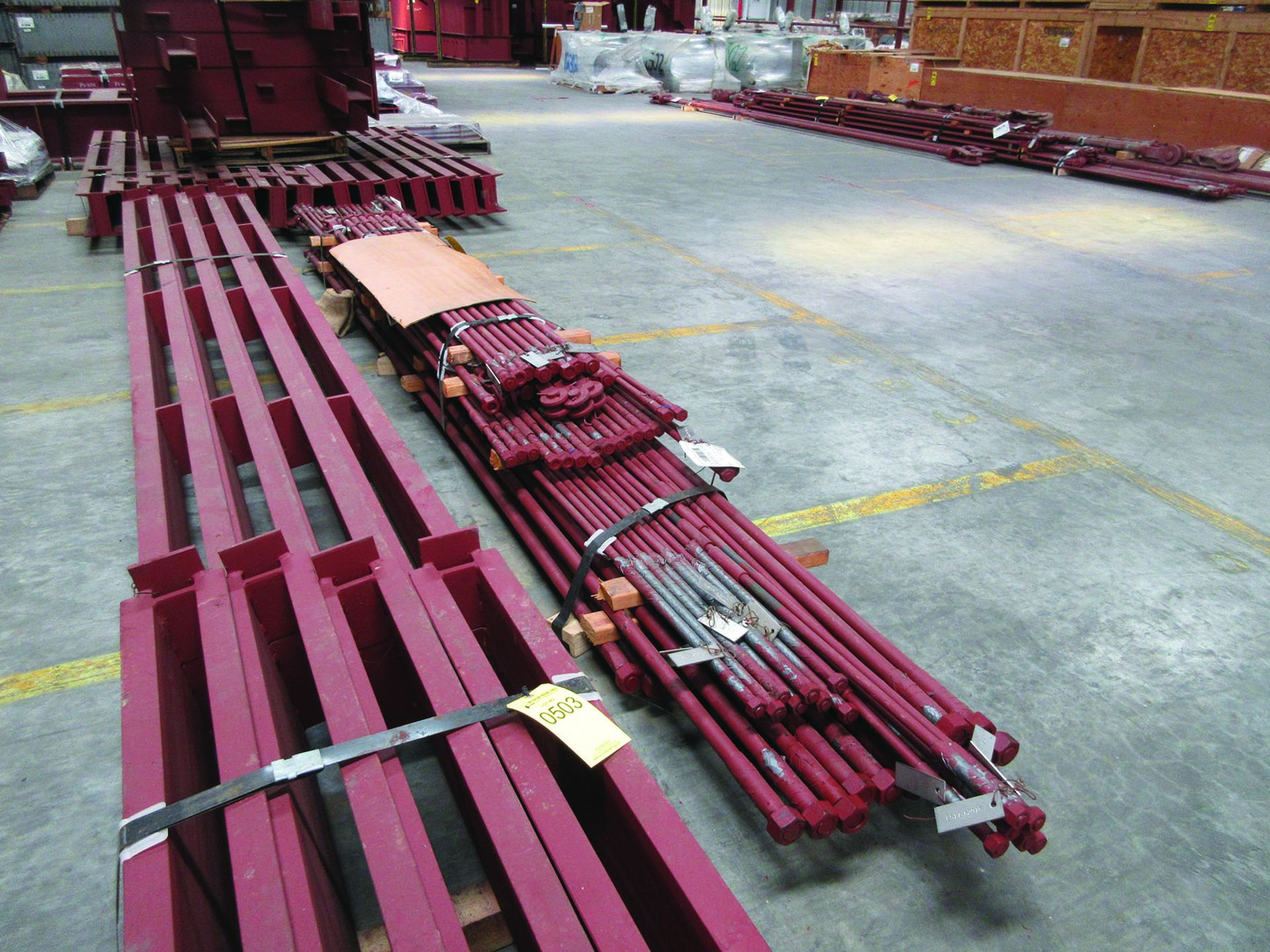 LARGE LOT OF STRUCTURAL STEEL: BRACING, RODS, BRACKETS, GRID C7 - Image 4 of 19