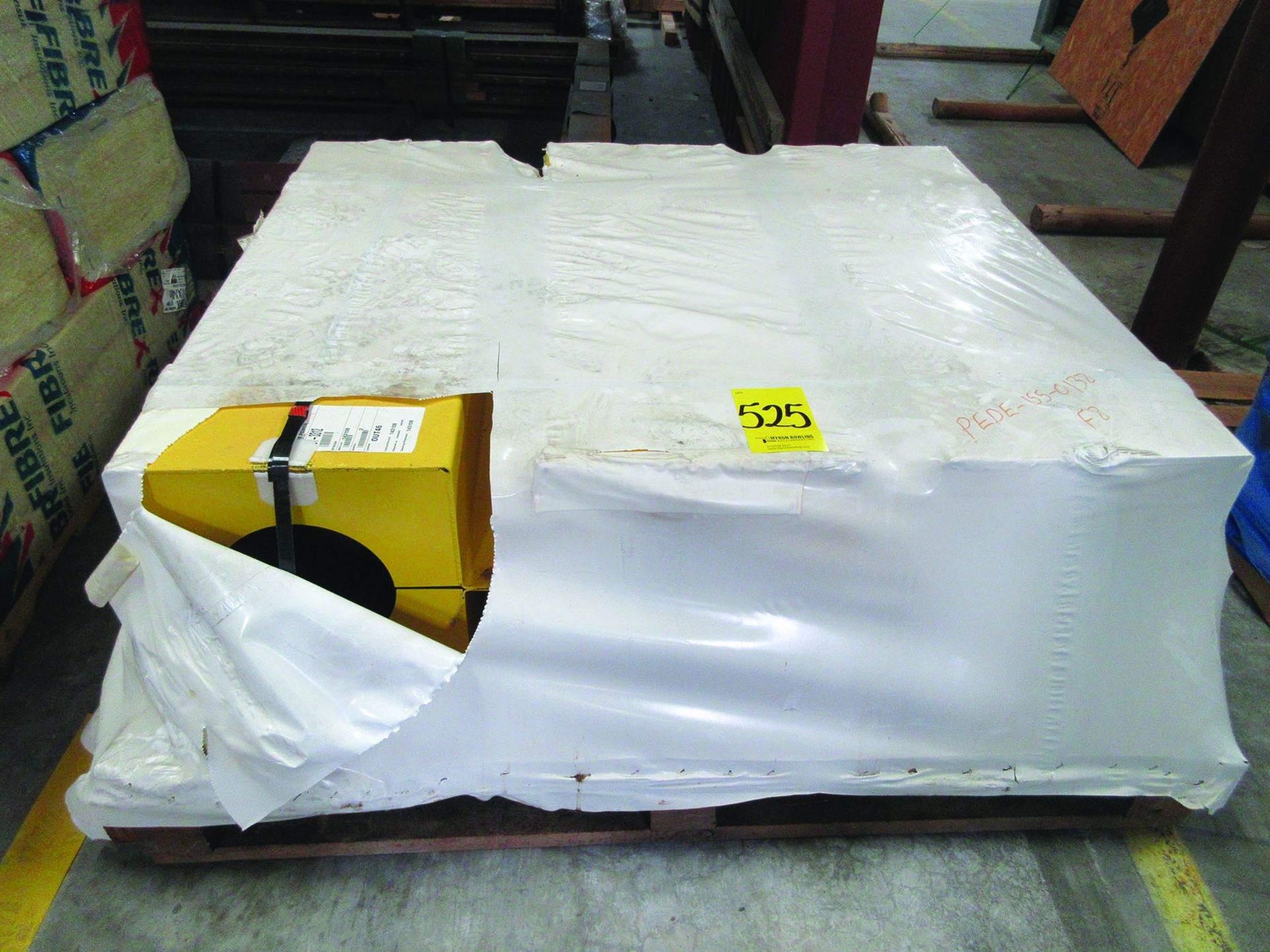 FIBREX INSULATION 4'' X 24'' X 48'' (4) PALLETS, COUPLING GUARDS, (72) 24'' STEEL LOCK COUPLINGS, - Image 2 of 5