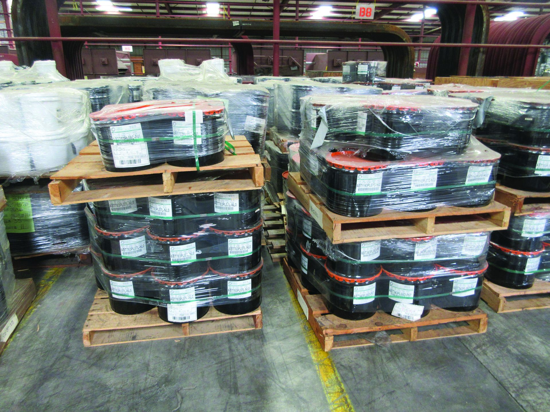 (72 +/-) PALLETS OF STRUCTURAL SCREWS, WASHERS, NUTS, GRID B8 - Image 2 of 3
