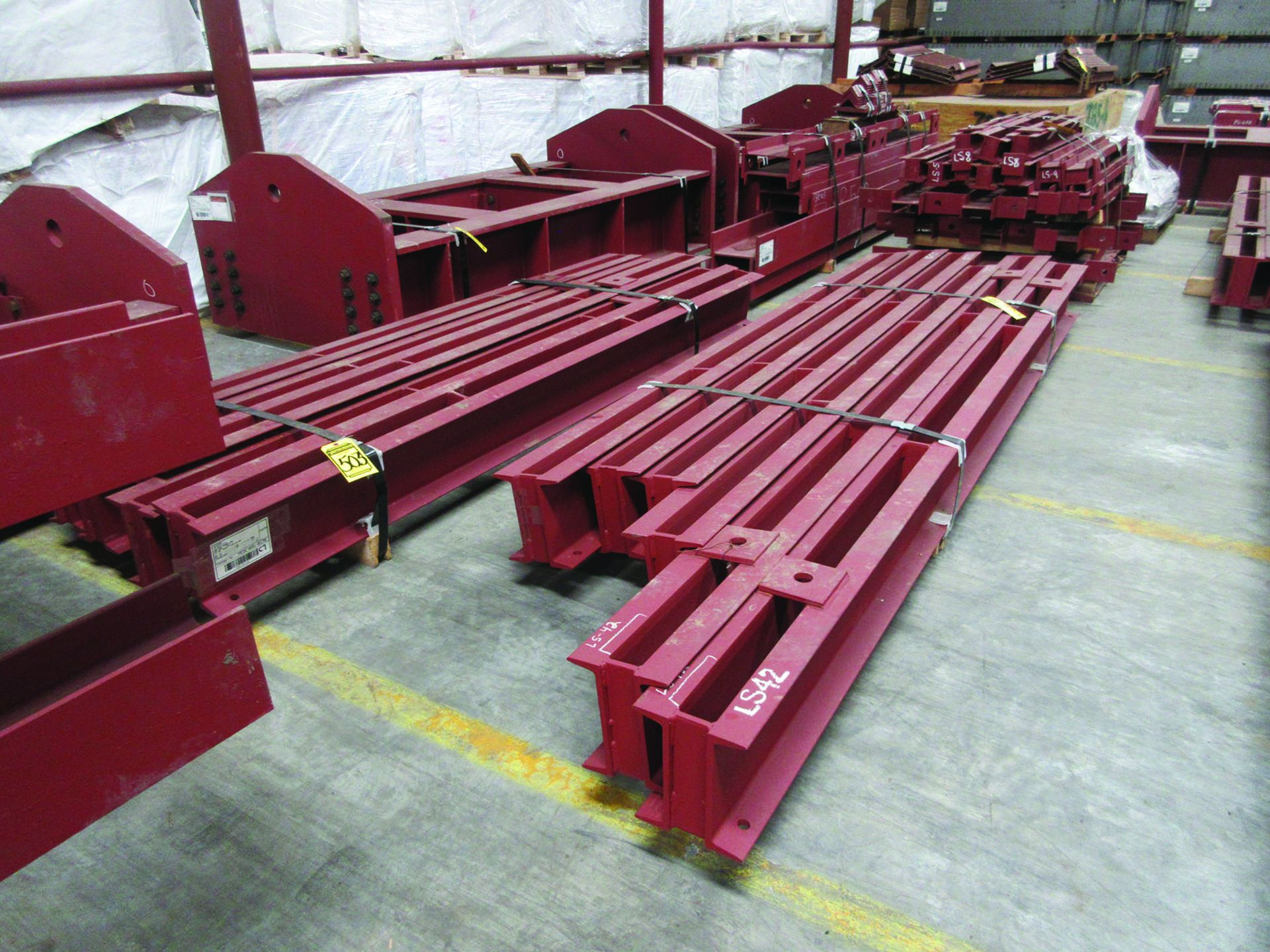LARGE LOT OF STRUCTURAL STEEL: BRACING, RODS, BRACKETS, GRID C7 - Image 5 of 19