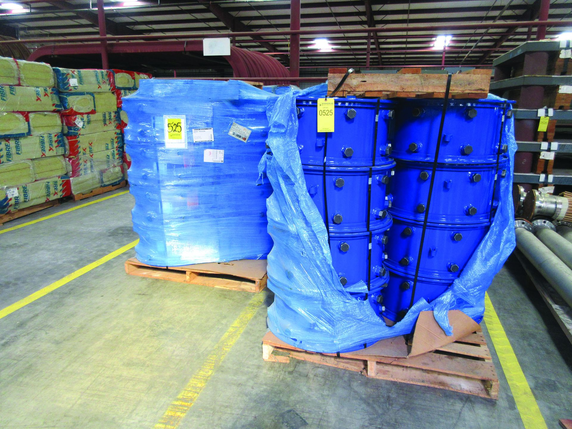 FIBREX INSULATION 4'' X 24'' X 48'' (4) PALLETS, COUPLING GUARDS, (72) 24'' STEEL LOCK COUPLINGS, - Image 3 of 5