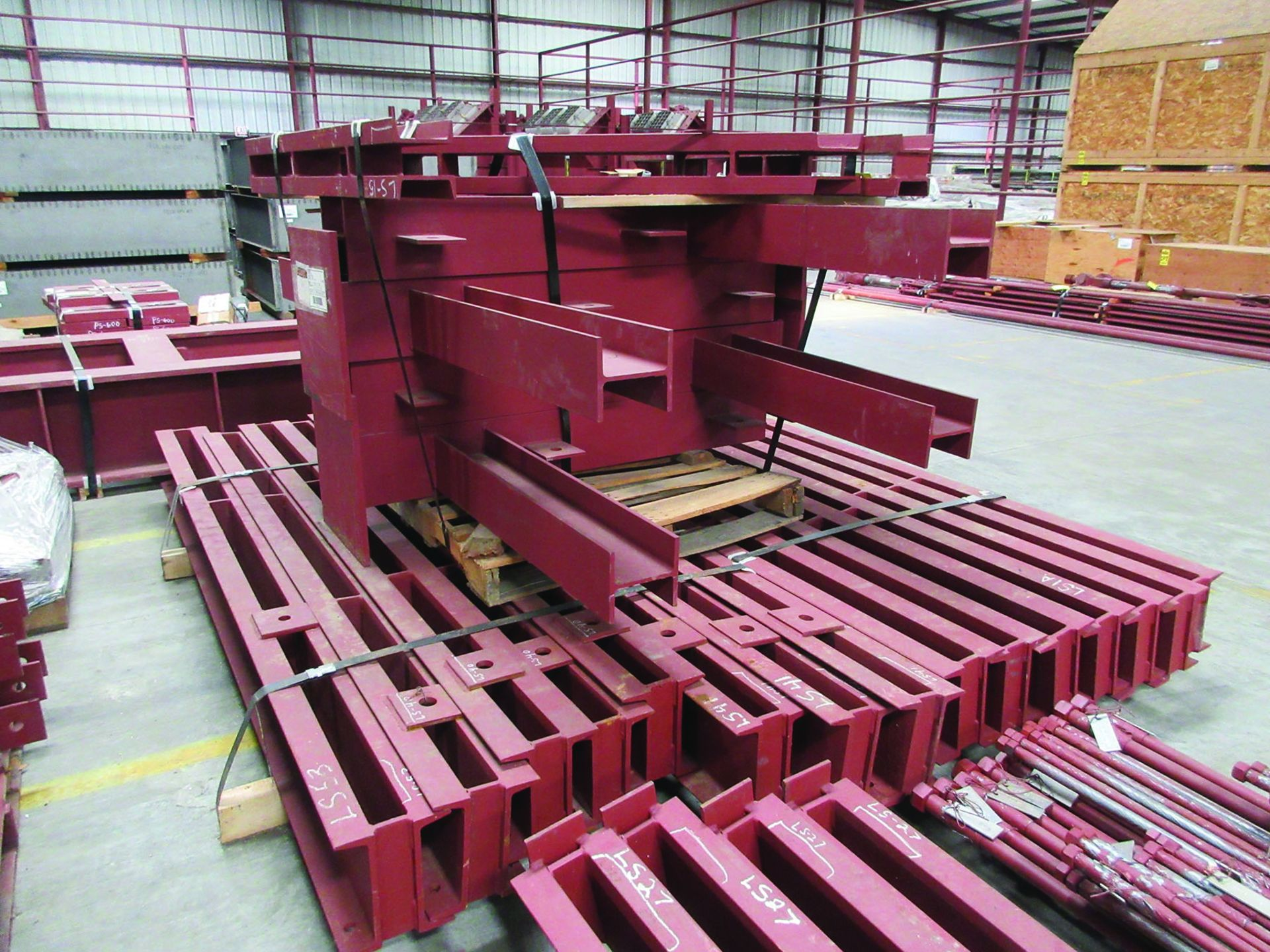 LARGE LOT OF STRUCTURAL STEEL: BRACING, RODS, BRACKETS, GRID C7 - Image 9 of 19