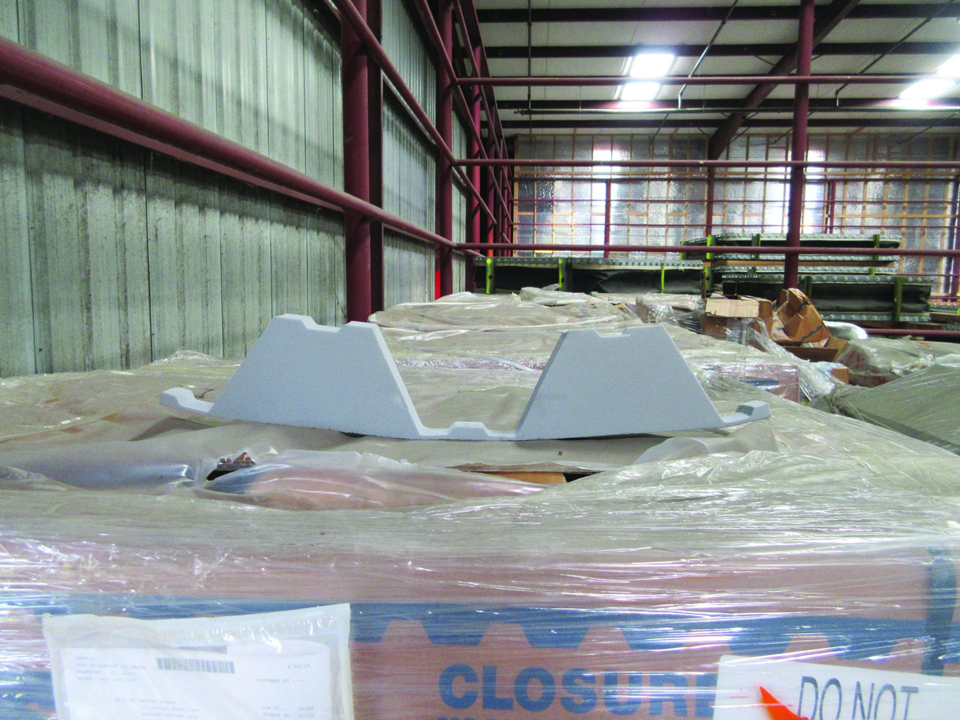 ASSORTED STEEL: PLATES, BEAMS, ROOF/SIDING SUPER RIB CLOSURES, BRACKETS, SPRING CANS, STEEL BRACING, - Image 2 of 16