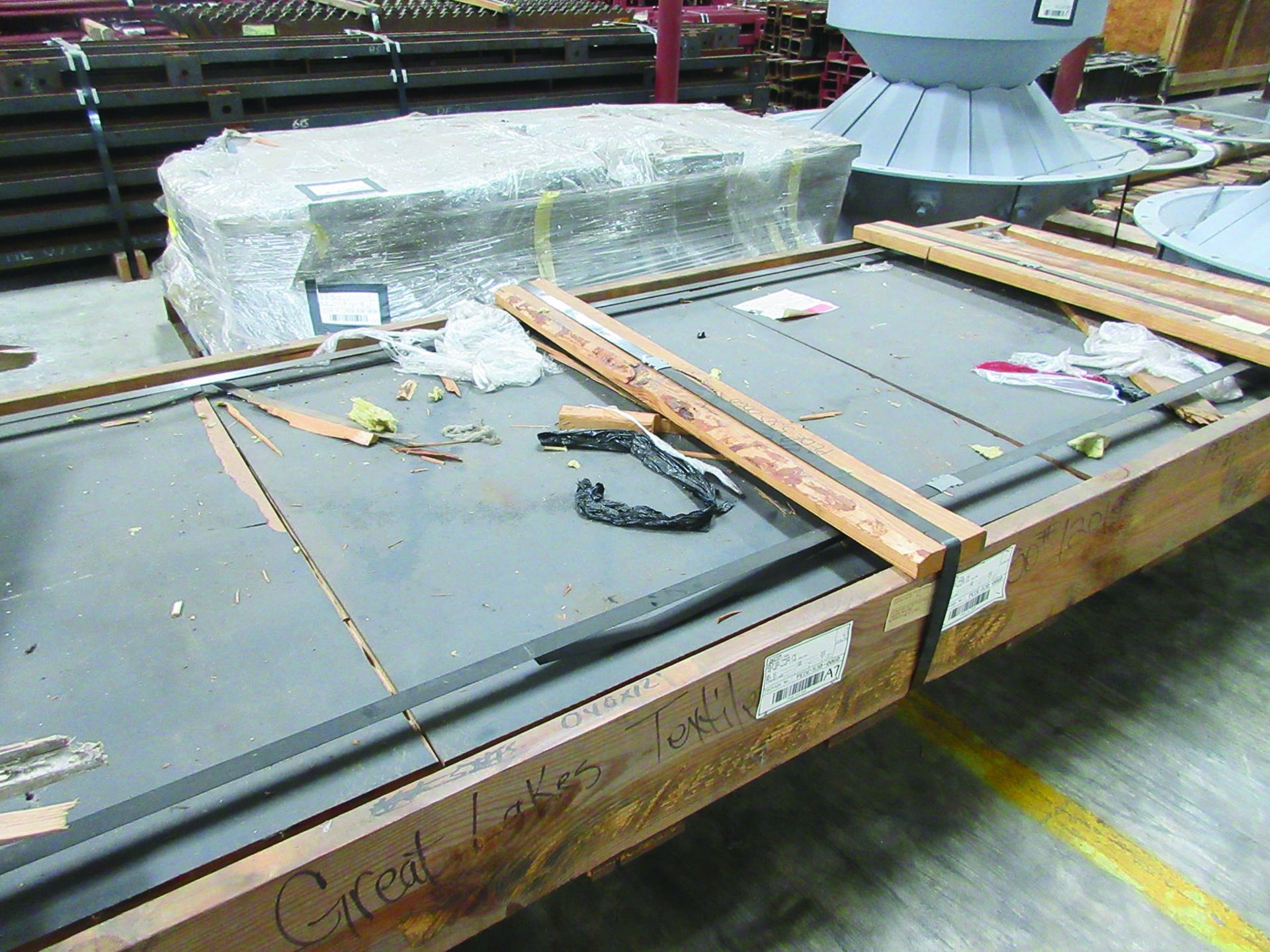 LOT OF ASSORTED PARTS: BARSETS, SHAFT COUPLINGS, COUPLING GUARDS, AND MORE, GRID A7 - Image 10 of 16