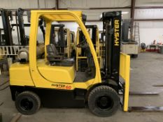 2014 HYSTER 6,000-LB., MOD: H60FT, LPG, 3-STAGE MAST, SIDESHIFT, BRAND NEW PNEUMATIC TIRES, 7,023 HR