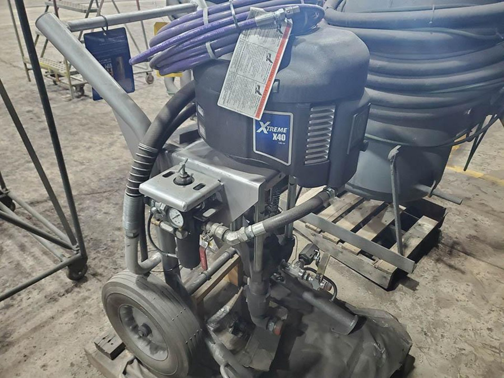 GRACO XTREME X40 SPRAYER, PART NO. 287974, S/N A9544, SERIES C16C 100PSI MAX - Image 3 of 7