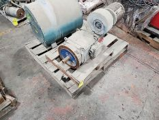 PALLET OF ELEC. MOTOR AND ROD OVEN