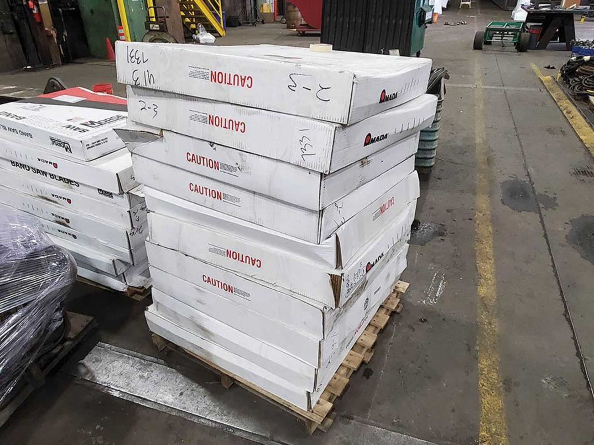 LOT ON PALLET, AMADA BANDSAW BLADES 29FT X 2 5 8IN - Image 4 of 4