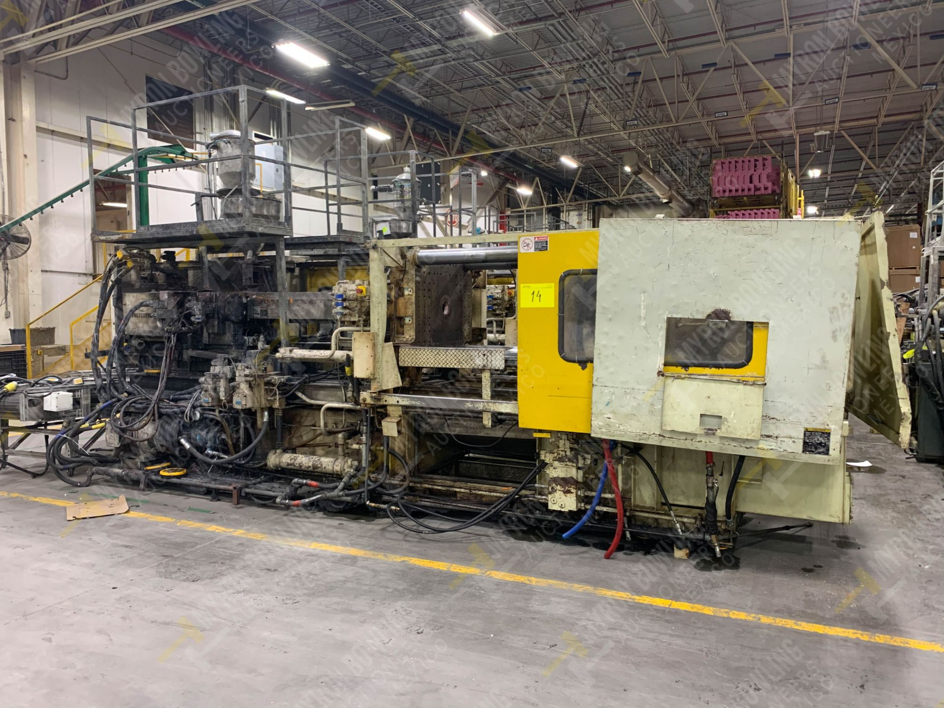 Lot 14 - 310 TON TOSHIBA ISGS310V10-19-AT PLASTIC INJECTION MOLDING MACHINE.