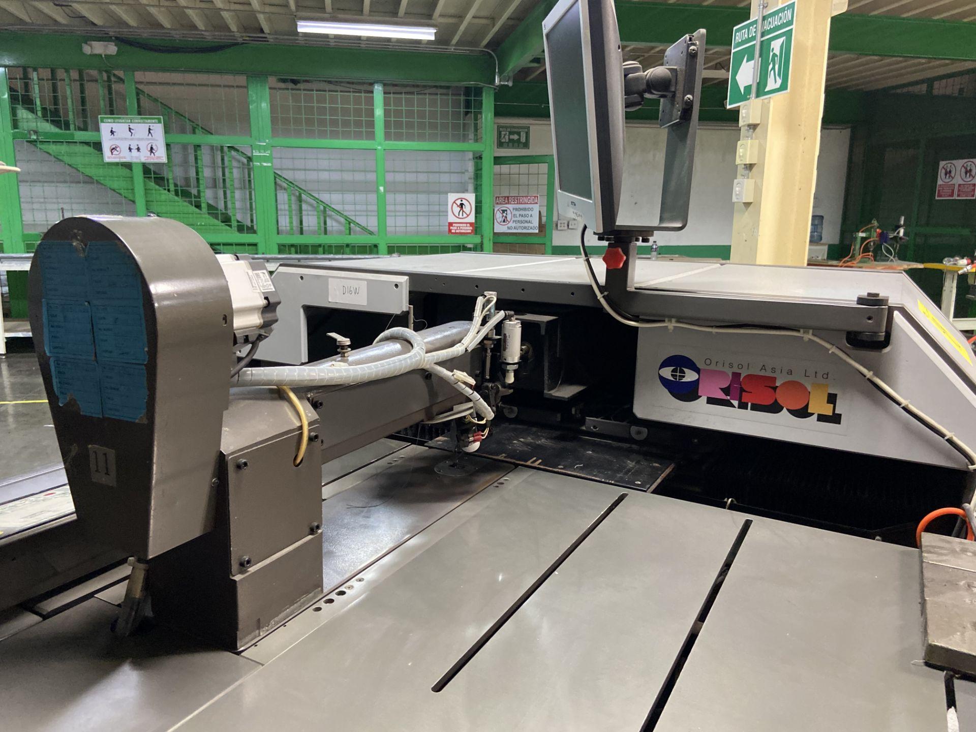 Lot 48 - Máquina de coser industrial computarizada de alto rendimiento marca Orisol, Modelo: OS-305