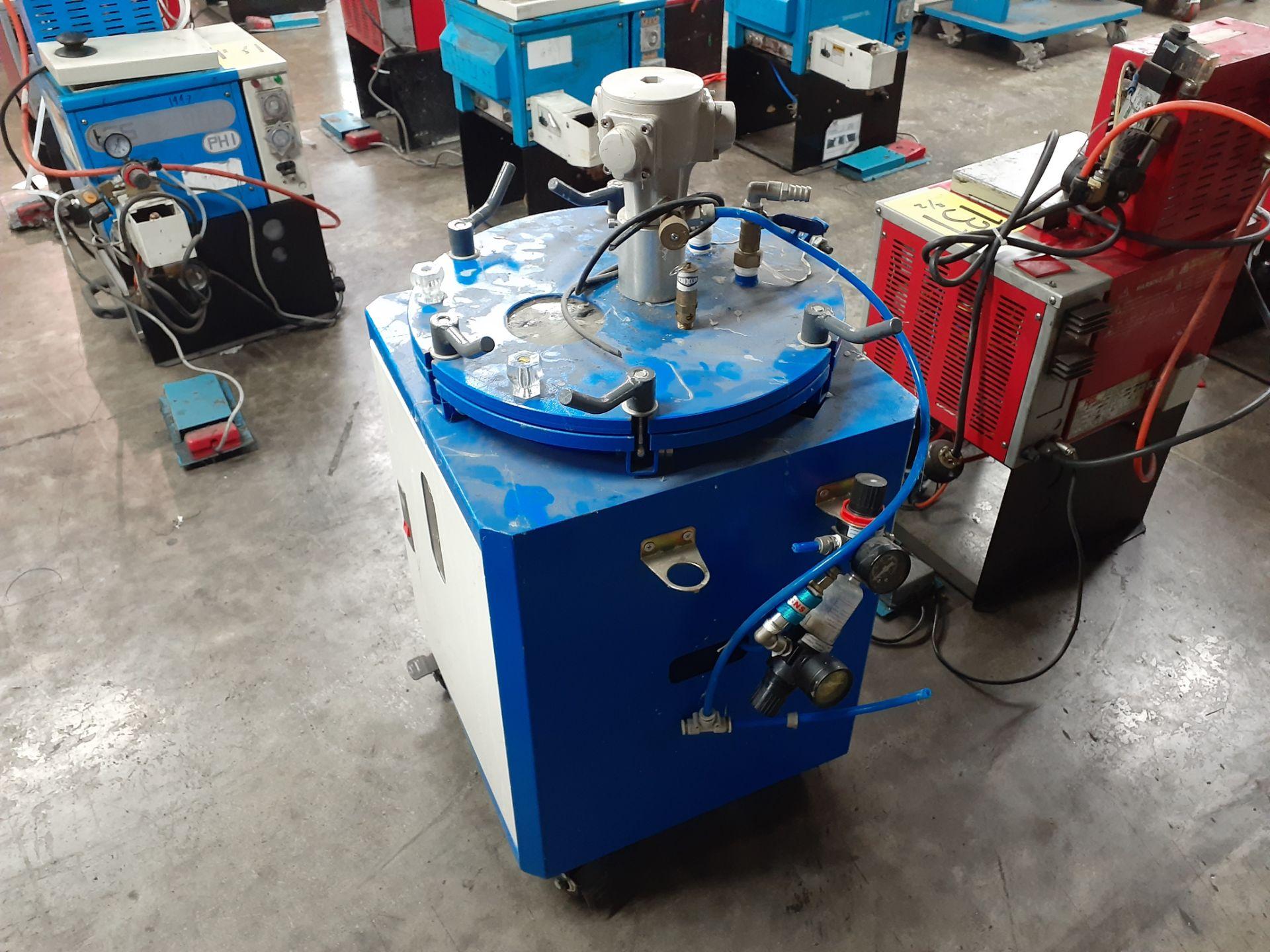 Lot 155 - Recipiente de alta presión para aplicación de líquidos de alta viscosidad marca Kaosen Enterprise