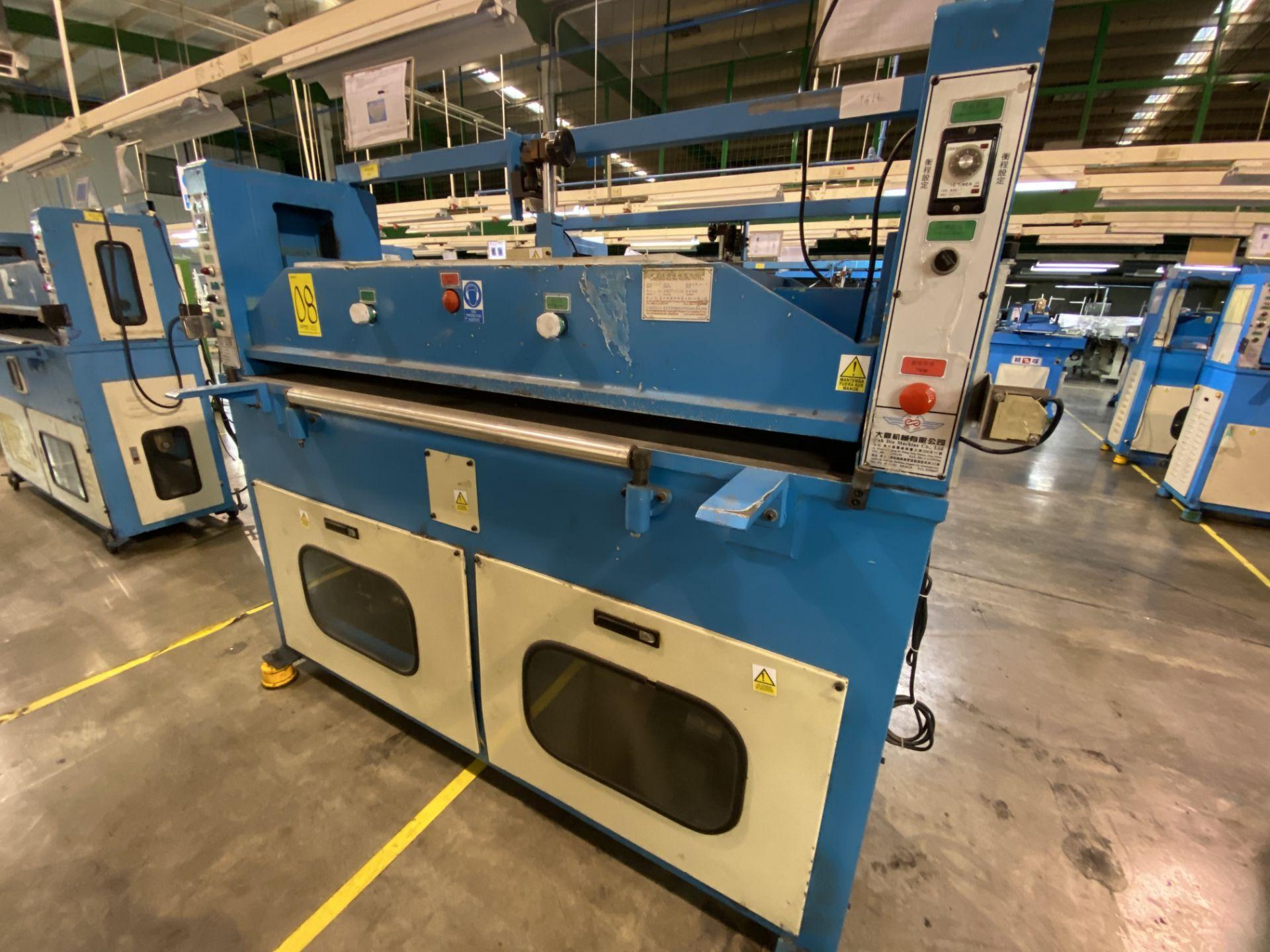 Lot 8 - (2) Prensas de corte hidráulica plana, marca Dah Din Machine, Modelo: DJ-1028. Favor de inspeccionar