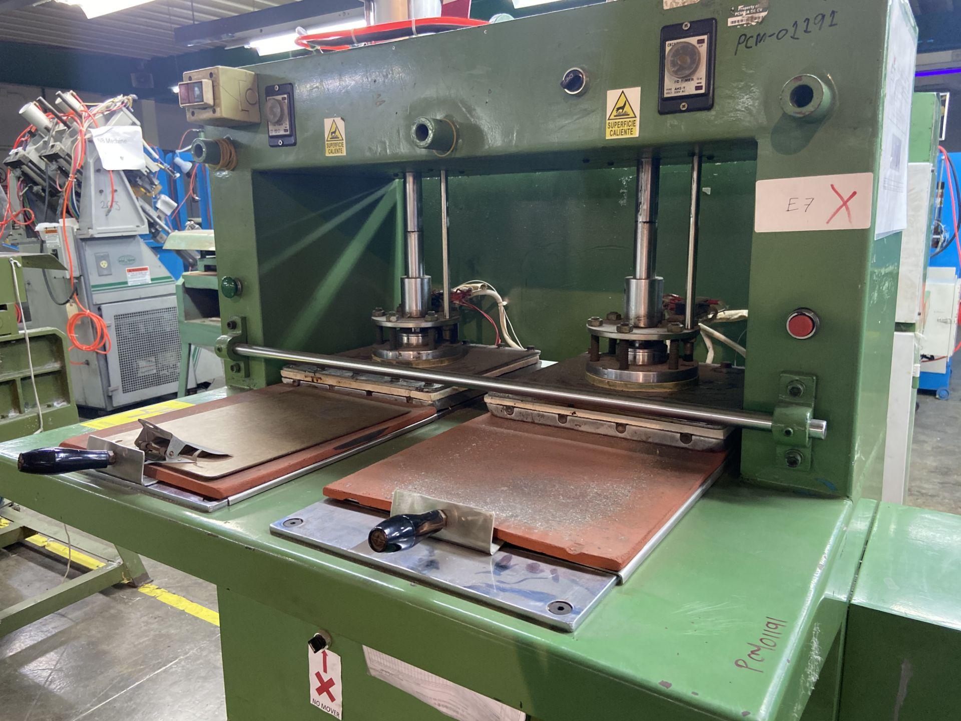Lot 45 - Prensa neumática de plancha caliente, Activo: PCM01191. Favor de inspeccionar.
