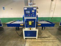 Máquina de soldadura y corte de alta frecuencia marca Dong guan Lian feng, Modelo: LFRFW