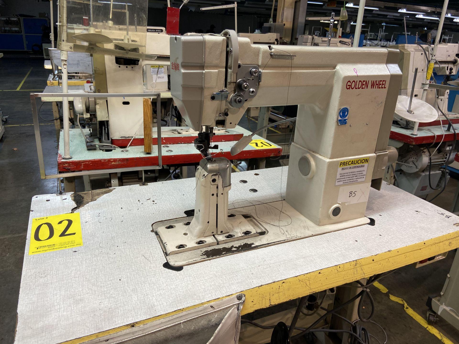 Lot 2 - (2) Máquinas de costura marca Golden Wheel de una aguja.