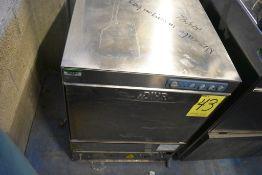 Máquina lavaloza en acero inoxidable marca Dihr, Modelo: DW009M, Serie: DWM1023776