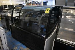 Vitrina exhibidora refrigerada marca Ojeda, Modelo: DOLCE DUO I, Serie: FRI-6648-18-02