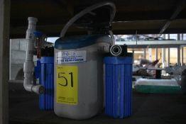 Equipo de filtro suavizador, Activo: 003886 , incluye dos filtros. Sólo por partes.