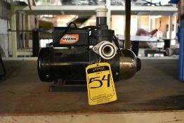 Bomba presurizadora marca Evans, Modelo: BP4/7ME050, Potencia 1/2 HP, Alcance: 27 m