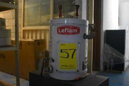 Calentador eléctrico marca Leflam, Modelo: 204-009, Serie: 17H200354 , Activo: 004026