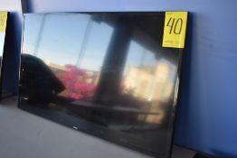 Pantalla Full HD de 50 pulgadas marca Samsung, Modelo: UN50J5200DF, Serie: 07173CNJA00211Y