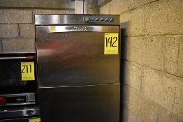 Máquina lavaloza en acero inoxidable marca Dihr, Modelo: DW009M, Serie: DWM1023777