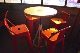 Mesa periquera circular en madera con estructura metálica (60 x 105 cm)