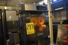 Exprimidor de naranjas marca Zumex, Modelo: VERSATILEPRO, Serie: 450841, Año 2017, Activo: 004609