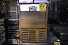 Máquina fabricadora de hielo en acero inoxidable marca Icematic, Modelo: E45 A IX 220/60/1