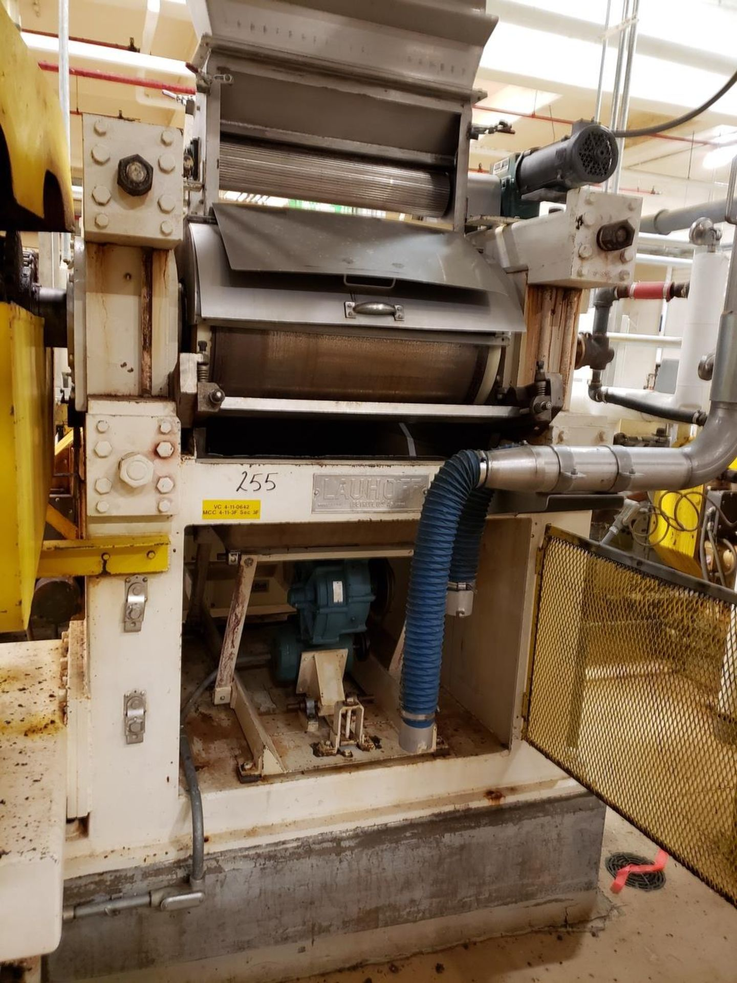 Lot 255 - Lauhoff Flaking Roll, 75 HP   Rig Fee: Contact Rigger