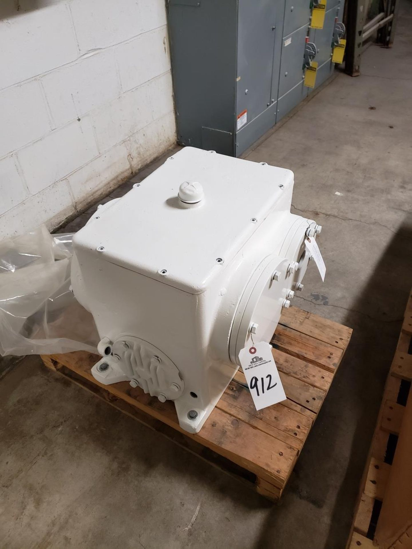 Lot 912 - Rice Roll Reducer - Subject to Bulk Bid Lot 884B -The Greater of the Aggregate Sum | Rig Fee: $75