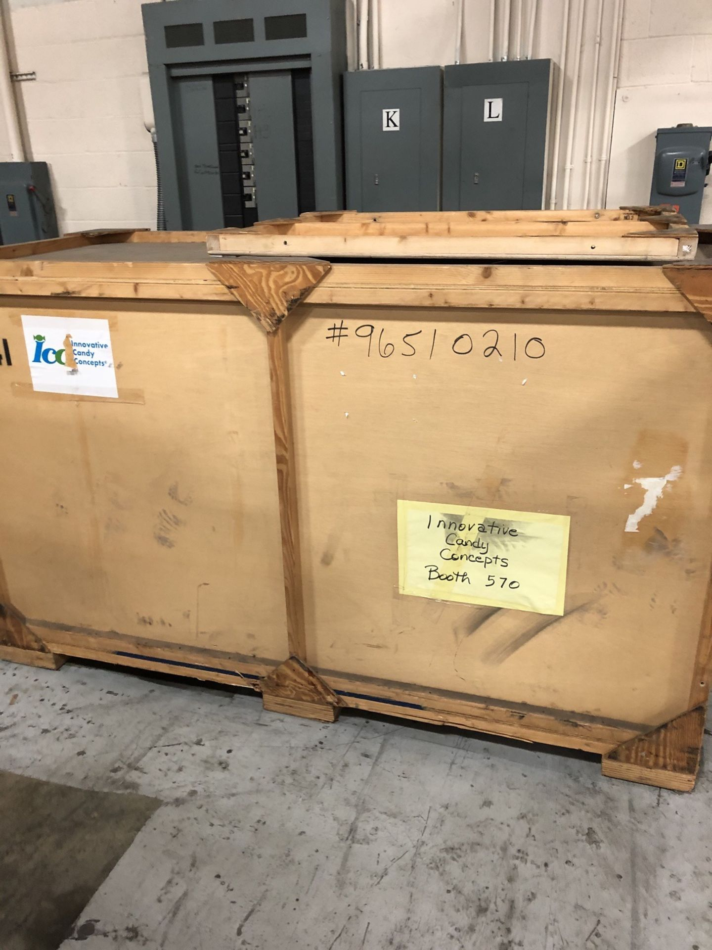 Lot 141 - (2 total) Trade Show Booths, 1 packed per crate.   Rig Fee: $50