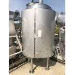 Stainless Steel Tank, Approx 1,000 Gallons, Dome Top, Top Manway   Rig Fee: $250 See Full Desc