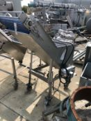 Hopper with conveyor | Rig Fee: $150 See Full Desc