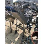 Hopper with conveyor   Rig Fee: $150 See Full Desc