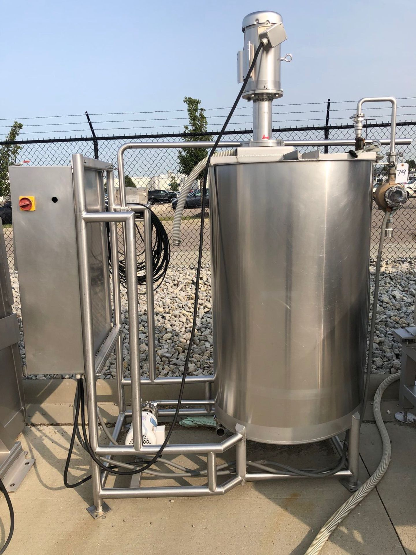 Stainelss Steel Brine Mixing Tank with Rotosolver Type Agitator and C | Rig Fee: $150 See Full Desc - Image 2 of 3