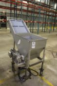 Pleated Lift Conveyor Wash Hopper   Rig Fee: $50