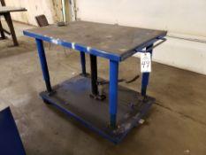 Hydraulic Die Lift Table   Rig Fee: $20