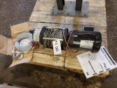 Dayton Electric Winch, M# 4ZY95   Rig Fee: $20