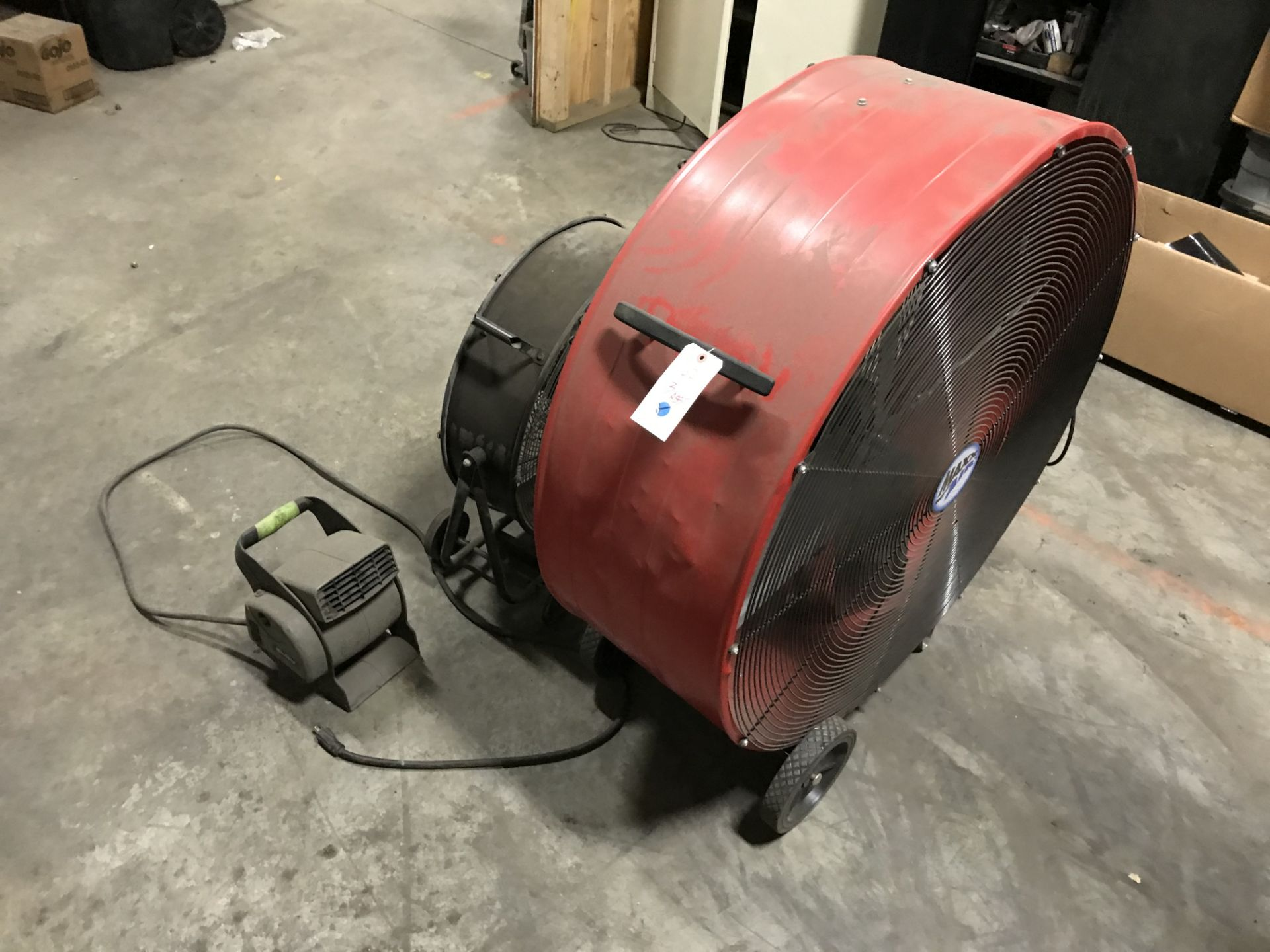 Lot 62 - 2 Fans & Blower