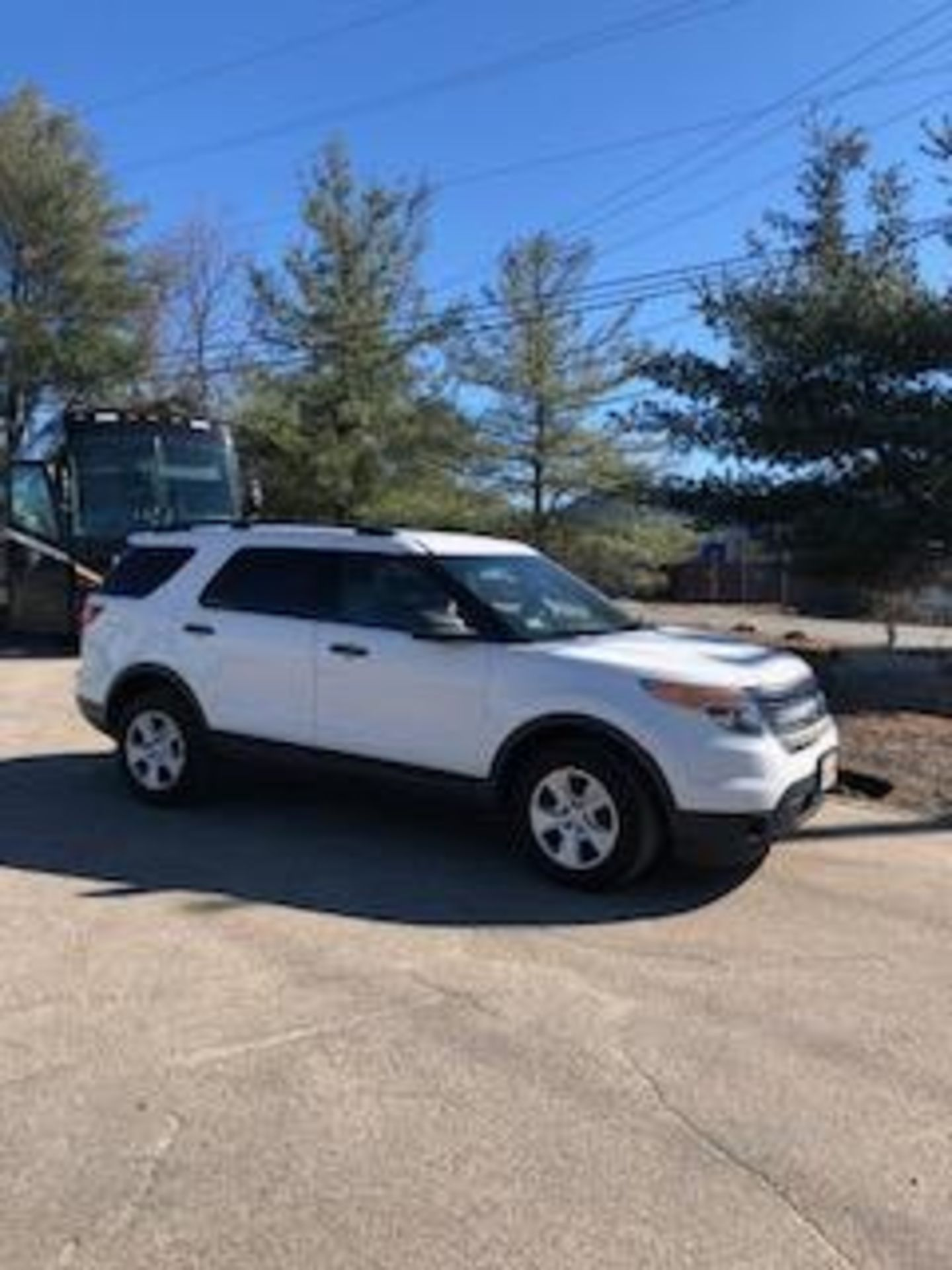 Lot 87 - 2013 FORD EXPLORER SUV, 6 CYLINDER, 4 Door, 4x4, Gas, 3rd Row Seating, Odom: 131,000, Vin#: