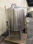 Kent Mixing Tank, 304 Stainless Steel, 15Psi, Gross Volume 8.75 Barrels, Net Volume: 7 Barrels (Beer