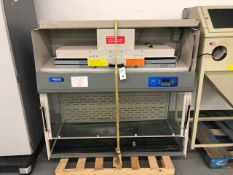 Labconco Ductless Enclosure Fume Hood #6963501 w/Filters S/N: 1101368618A, Single Phase, 50/60Hz,