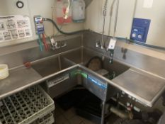 (3) Compartment SS Corner Sink
