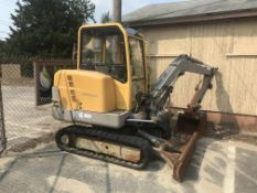 2001 Volvo 282 #EX30 Mini Excavator Rubber Track w/(2) Buckets, Pusher, Enclosed Cab (GOOD GLASS),