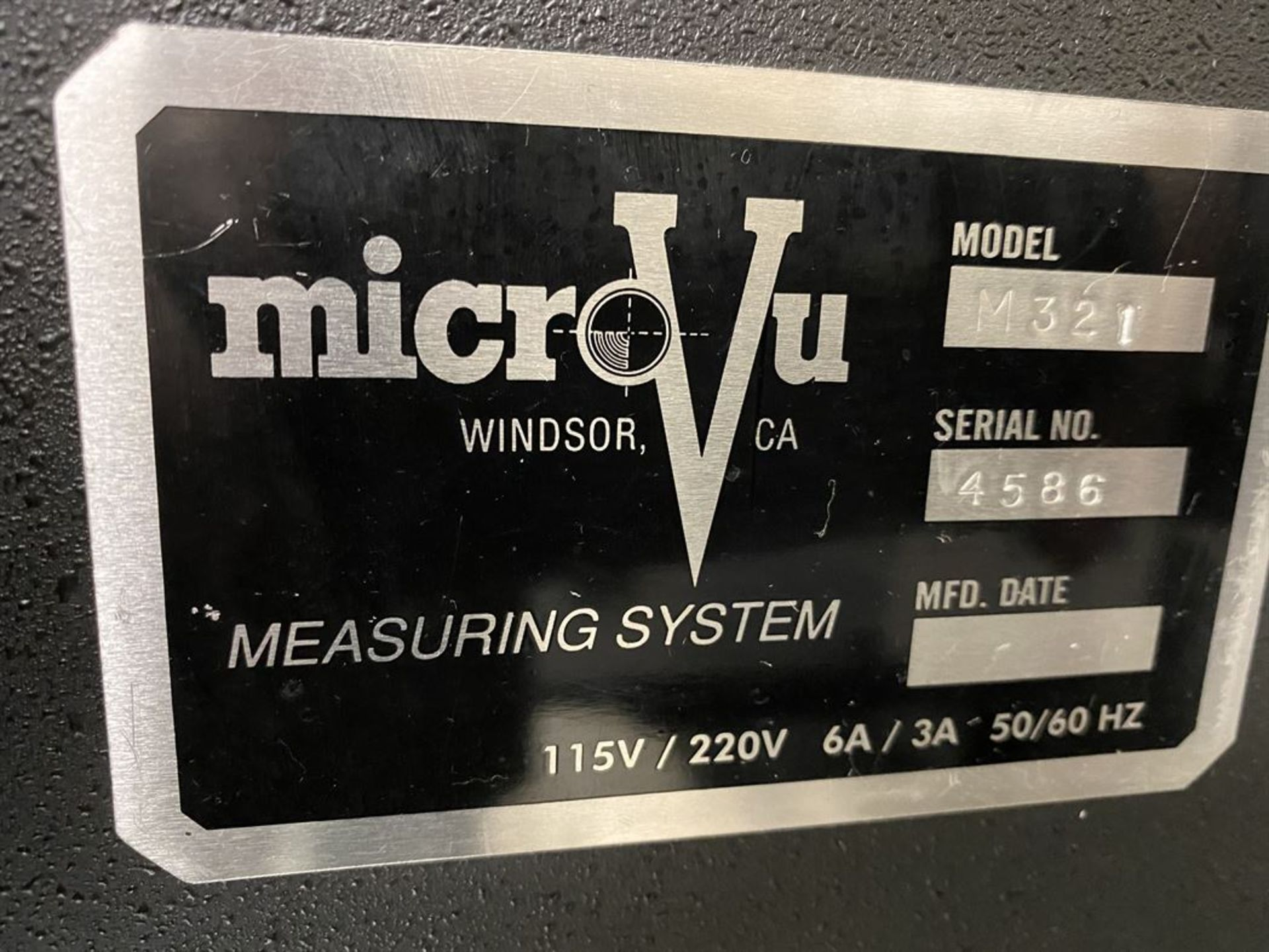 Lot 162 - Micro-Vu M321 Video Inspection System, s/n 4586, w/ Micro-Vu 9050A Video Reticle