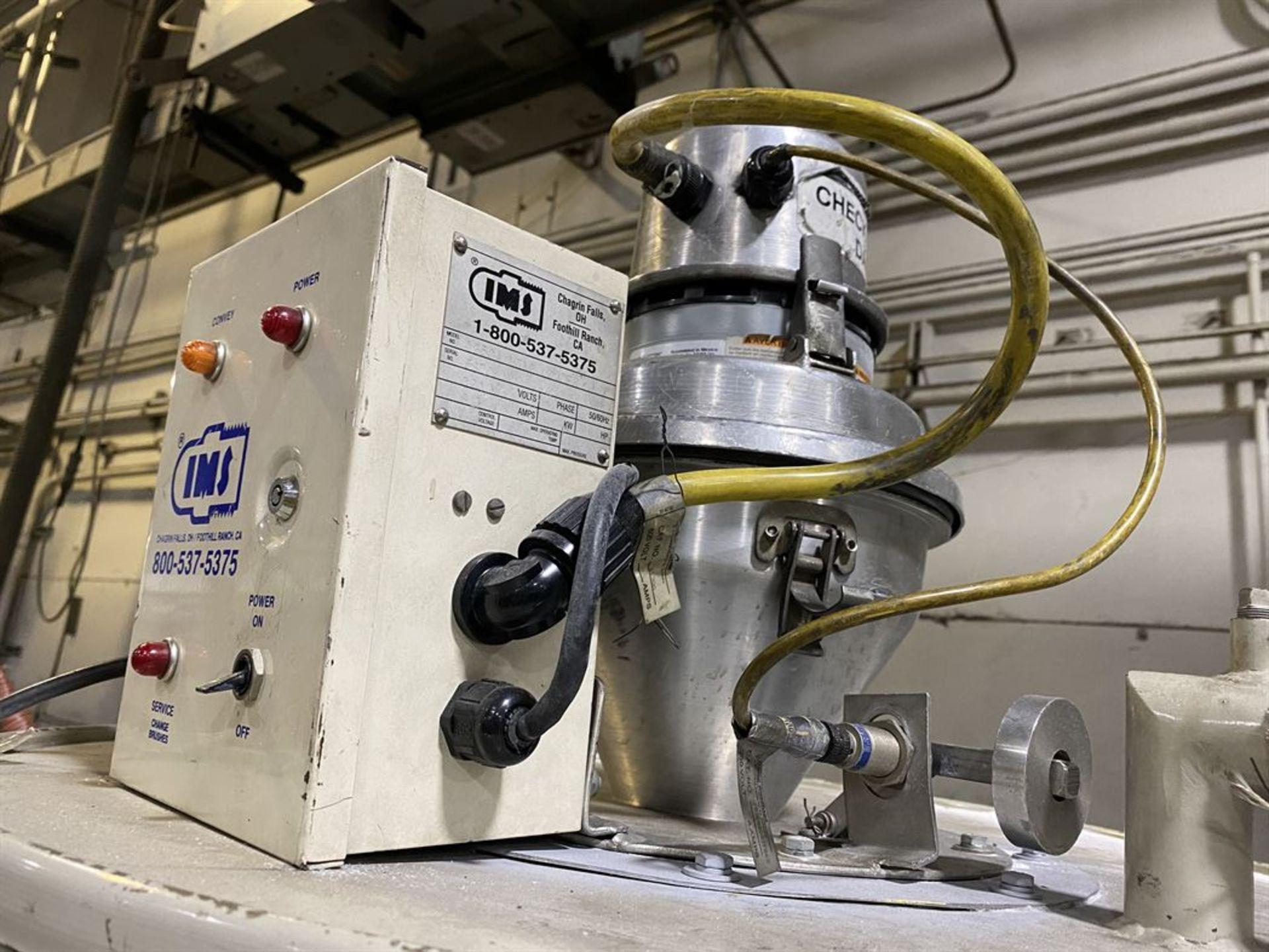 Lot 211 - Cincinnati Milacron DD-110 Hopper Dryer System, s/n 3933A02-02-21, w/ Vacuum Loader